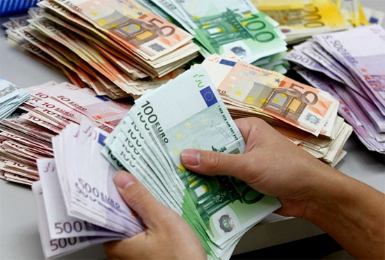 Прогноз курса евро на май 2018 года - таблица от Сбербанка