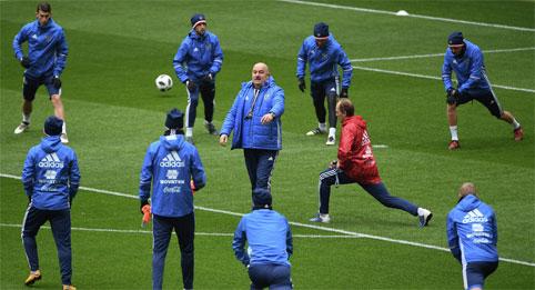 Как готовится сборная России по футболу к чемпионату мира-2018