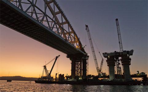 Сложности и ЧП при строительстве Крымского моста