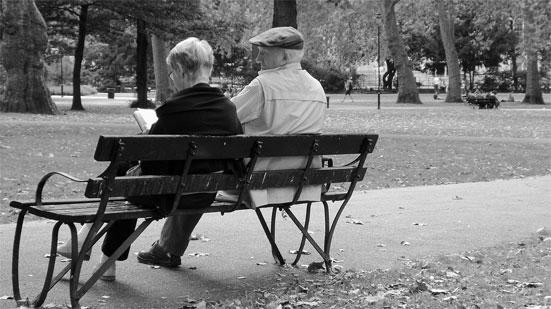 Доплата за 30 лет стажа к пенсии - положена ли прибавка