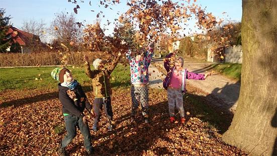 Осенние каникулы в школе в 2018 году - с какого числа начинаются первые каникулы