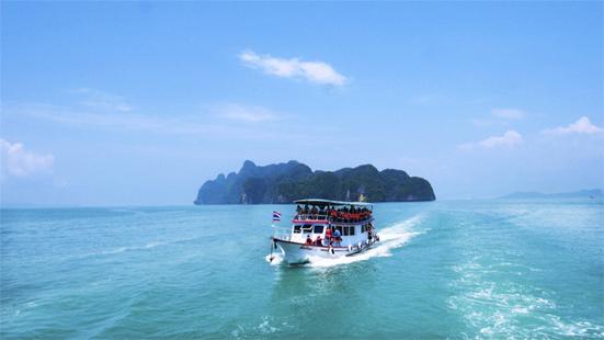 Куда поехать на новый год 2019 недорого, курорты на море в теплых странах