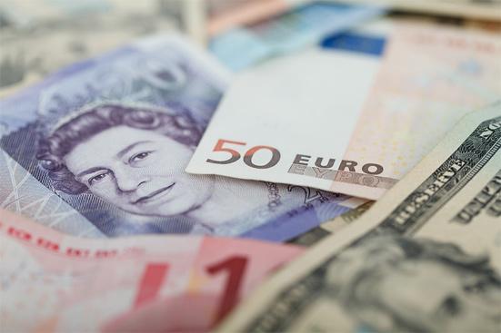 В какой валюте хранить деньги в 2019 году, мнения экспертов на сегодня