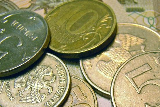"""Зачем банки """"борются"""" за деньги пенсионеров?"""