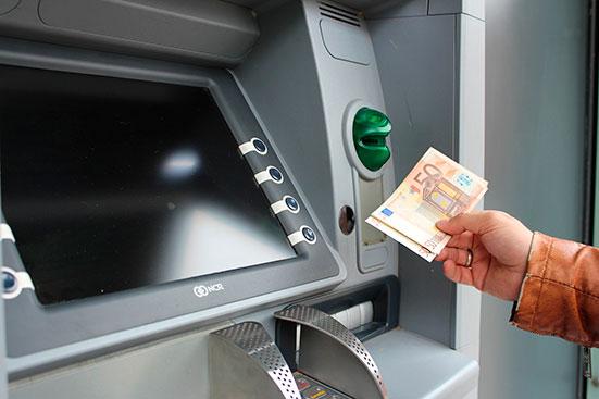 Ограничения по обналичиванию денег с кредитной карты