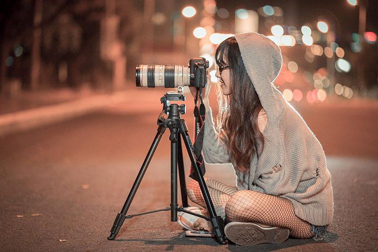 Продайте сделанные вами фотографии