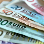 Прогноз курса евро на декабрь 2020 года