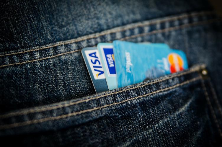 Что случится, если Россия будет отключена от систем Visa/Mastercard